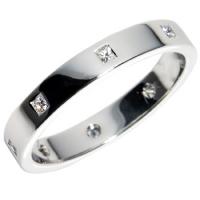 exempel på en palladiumring med diamanter